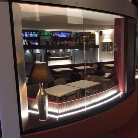 ABILUXLED ITALIA | Illuminazione con barre luminose a led | Consulenza soluzione ambientale per hotel, case, camere